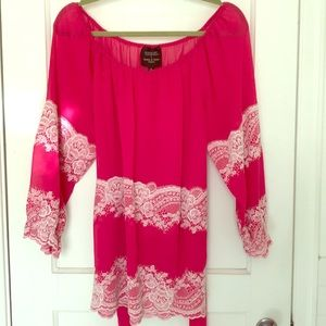 Gossip girl by Romeo & Juliet Couture pink tunic